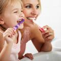 5 návykov, ktoré ničia váš úsmev dentálna hygiena